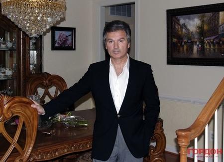 Cựu điệp viên Yuri Shvets - Ảnh: gordonua.com