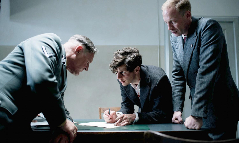 Georg Elser trong phim của đạo diễn Oliver Hirschbiegel