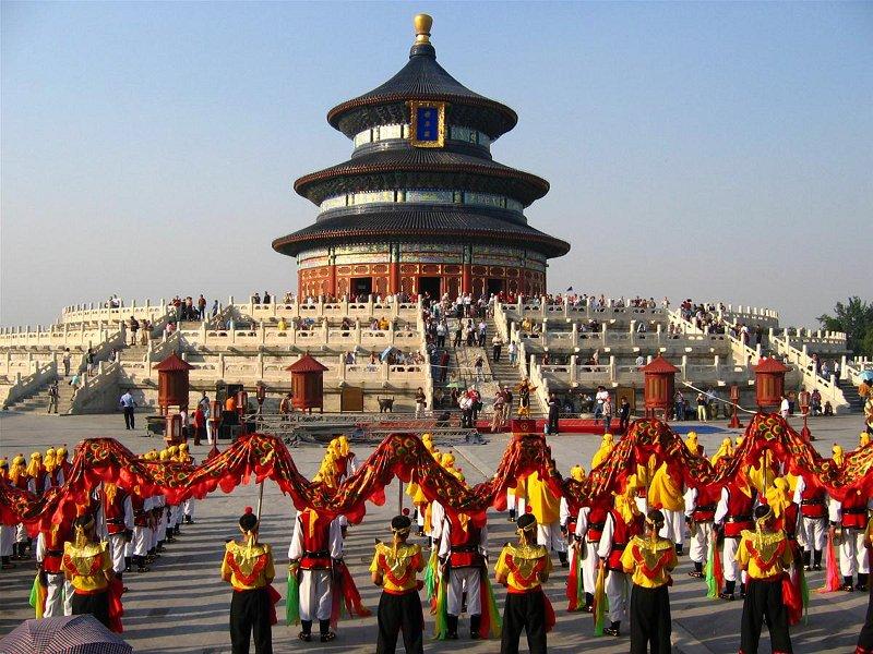 Bắc Kinh với vô vàn di tích lịch sử đáng chú ý chưa đủ thu hút du khách ngoại quốc bằng Budapest - Ảnh: Điện Kỳ Niên, tòa nhà lớn nhất trong quần thể Thiên Đàn (Đàn tế Trời) tại Bắc Kinh