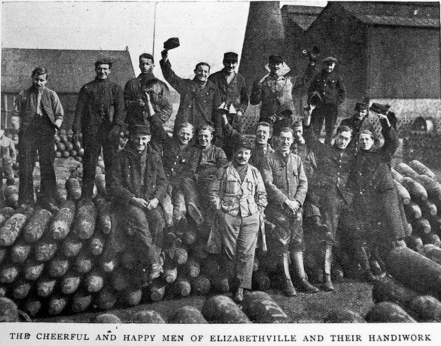 Người tỵ nạn Bỉ làm việc trong nhà máy dành riêng cho họ - Ảnh tư liệu