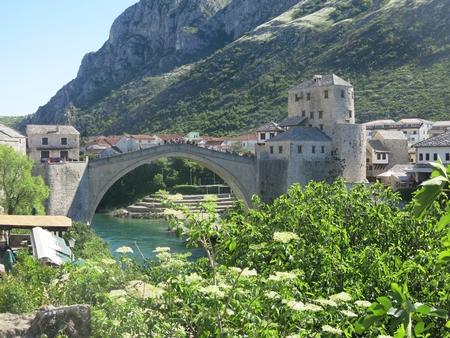 Cây cầu cổ Stari Most, được đưa vào danh sách Di sản Thế giới của UNESCO năm 2005