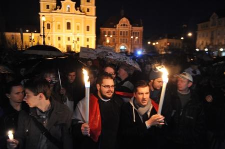 Biểu tình là một sinh hoạt bình thường và lành mạnh của một xã hội công dân (trong ảnh là cuộc biểu tình của giới chức ngành Giáo dục Hungary) - Ảnh: origo.hu