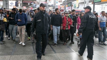 Nước Đức nói chung, thành phố Munich nói riêng đã tiếp nhận một lượng người tỵ nạn khổng lồ - Ảnh: itv.com