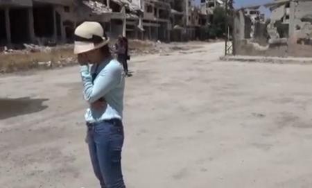 BTV Lê Bình trong phóng sự về cuộc chiến Syria - Ảnh chụp màn hình