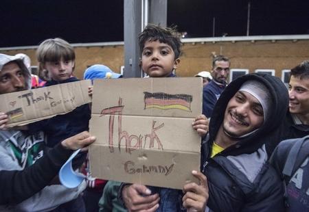 Sự hàm ơn đất nước đã chứa chở mình không có ở nhiều người tỵ nạn - Ảnh: thejournal.ie