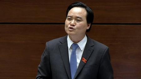 """Nhầm lẫn """"n"""" và """"l"""" trong phát biểu, Bộ trưởng Phùng Xuân Nhạ đang bị nhiều cư dân mạng chỉ trích chua cay - Ảnh: Internet"""