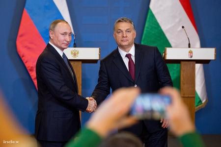 Tổng thống Nga Vladimir Putin và Thủ tướng Hungary Orbán Viktor - Ảnh: Ajpek Orsi (index.hu)
