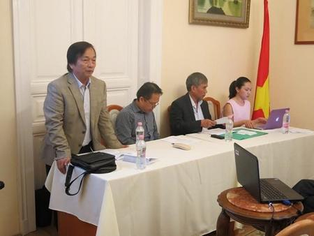 Ban Trù bị Đại hội (từ trái sang): GS. TS. Bùi Minh Phong, PGS. TS. Nguyễn Huy Hoàng, TS. Phùng Kim San, TS. BS. Lê Ngọc Hòa Nhã