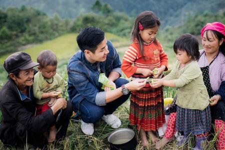 Từ thiện là tốt nhưng cũng cần sự cân nhắc - Minh họa: vietnamnet.vn