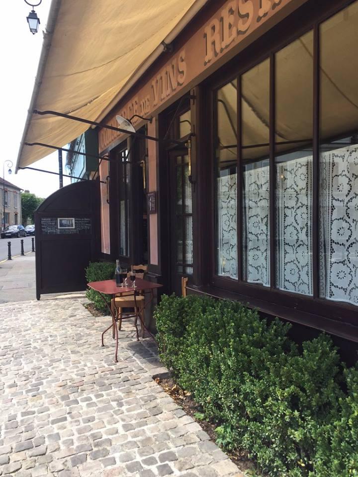 Quán cafe Ravoux nơi danh họa thuê căn phòng nhỏ 7m² trên tầng gác