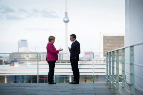 Liên minh Pháp - Đức có thể đem lại sự thống nhất và ổn định cho Liên Âu?