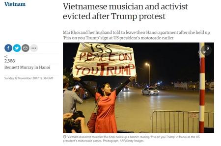 """Nhiều báo chí quốc tế đã đưa tin về hành động mang tính """"nổi loạn"""" của ca sĩ Mai Khôi - Ảnh: bản tin trên tờ """"The Guardian"""""""