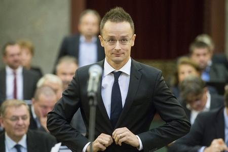 Ngoại trưởng Szijjártó Péter - Ảnh: Internet