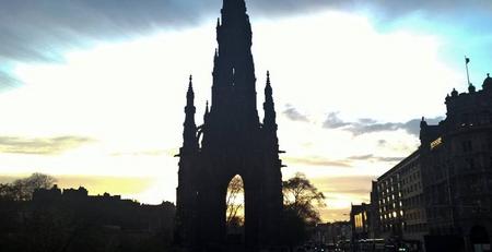 Scotland, cổ kính và tạo cảm hứng văn chương