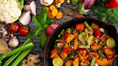 Ăn thịt chỉ là một thói quen từ cổ xưa. Đồ chay hoàn toàn có thể đảm bảo nguồn đạm và năng lượng cho cơ thể - Ảnh: Internet