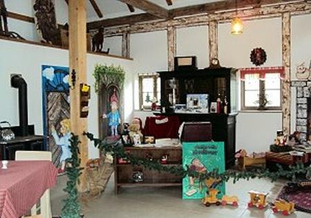 """Phòng làm việc của Ông già Noel tại """"Bưu cục Giáng sinh"""" mang tên """"Cổng Thiên Đường"""" - Ảnh của Bưu cục"""