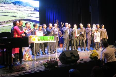 Tại Hungary có một cộng đồng Việt khá thuần khiết và đoàn kết - Ảnh: Trần Lê