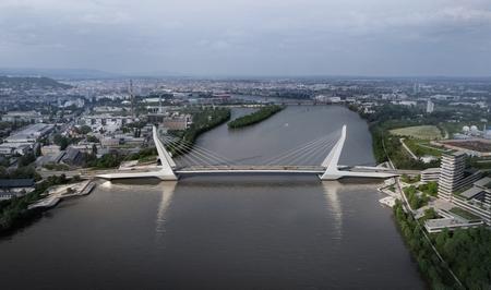 Cây cầu trong tương lai nối hai bờ Buda và Pest - Ảnh: Dernovics Tamás/magyarepitok.hu