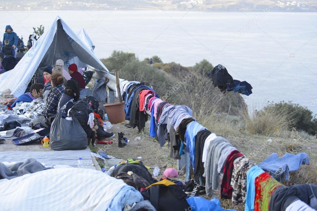Đảo Lesbos, chặng đầu của con đường khổ ải đối với hàng vạn người tỵ nạn