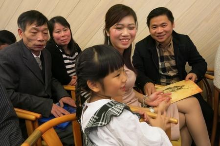 Cả gia đình được nhận Quốc tịch
