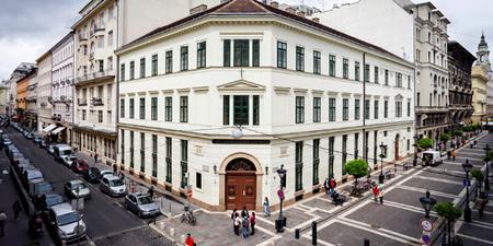 Trụ sở của Đại học Trung Âu tại trung tâm thủ đô Budapest - Ảnh: Internet