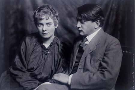 Ady Endre và Csinszka (năm 1915) - Ảnh tư liệu