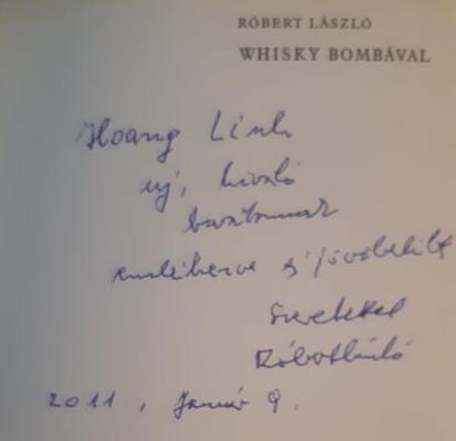"""Thủ bút của Róbert László trong cuốn """"Rượu whisky với bom - Nhật ký từ Đông Dương"""" (Whisky bombával - Napló Indokínából, 1971) - Ảnh tư liệu"""
