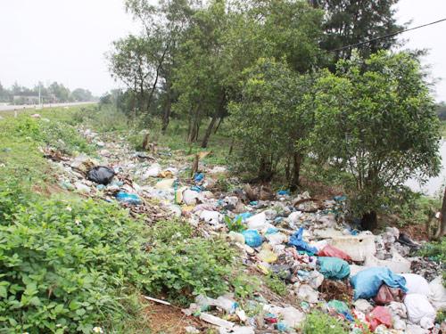Vấn nạn về môi trường đe dọa nhiều vủng quê Việt Nam - Minh họa
