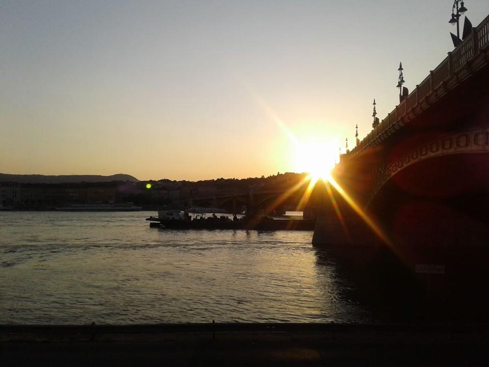 Cầu Margit, nơi con thuyền đắm hiện vẫn chìm sâu dưới lòng sông Danube