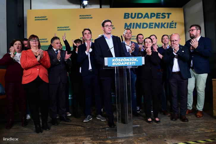 """""""Chiến thắng của cư dân Budapest"""" - Ảnh: Bődey János (index.hu)"""