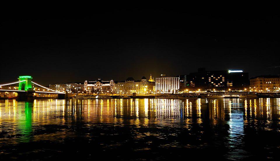 """""""Lời trái tim muốn nói"""" từ khách sạn InterContinental Budapest - Ảnh: Facebook của khách sạn"""