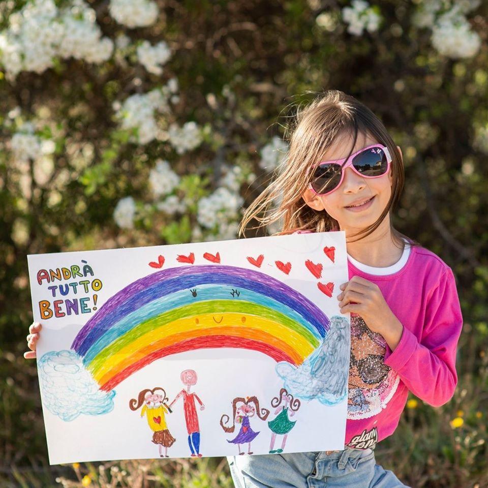 Phong trào các em bé Ý vẽ cầu vồng