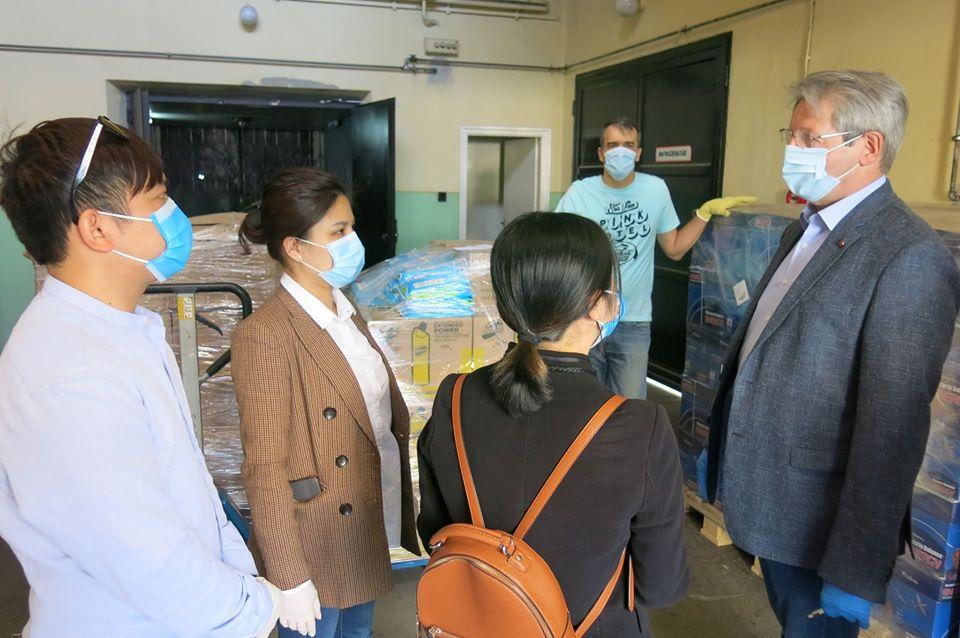 Ông Lackovics János cám ơn cộng đồng Việt đã hỗ trợ cho hãng - Ảnh: BKV