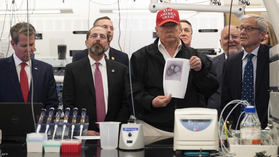 Tổng thống Mỹ Donald Trump tại Trung tâm Dịch tễ CDC ở Atlanta, bang Georgia ngày 6-3-2020 - Ảnh: Jim Watson (AFP)