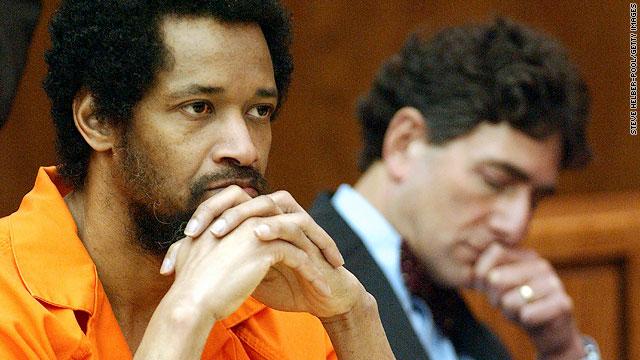 Tên bắn tỉa John Allen Muhammad, kẻ đã khiến cư dân Washington D.C. kinh hoàng vào năm 2002 - Ảnh: edition.cnn.com