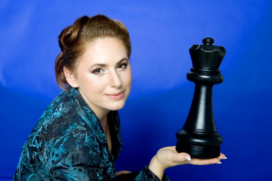 Polgár Judit, nữ kỳ thủ vĩ đại nhất của mọi thời đại, từng xếp thứ 8 trong bảng xếp hạng tuyệt đối (của cờ vua nam và nữ thế giới)