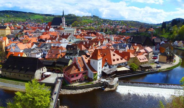 """""""Thành phố thần thoại"""" Český Krumlov, một điểm đến nổi tiếng của Cộng hòa Czech - Ảnh: Internet"""