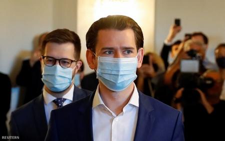 Thủ tướng Sebastian Kurz đeo khẩu trang tới dự một phiên họp của Ủy ban Điều tra Quốc hội Áo, Vienna ngày 24-6-2020 - Ảnh: Leonhard Foeger (Reuters)