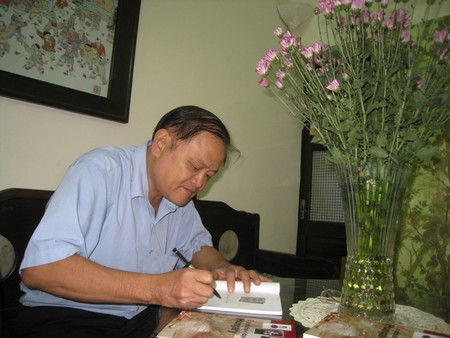 PGS. TS., dịch giả Vũ Ngọc Cân - Ảnh: Bích Ngọc