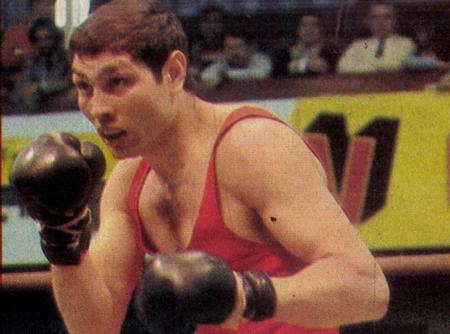 """Danyi Jenő khi còn ở đỉnh cao sự nghiệp - Ảnh: """"Thể thao ảnh"""" (Képes Sport, 1983)"""