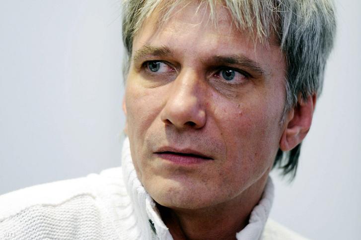 MC Bochkor Gábor cũng nhiễm bệnh - Ảnh: Beliczay László (MTI)