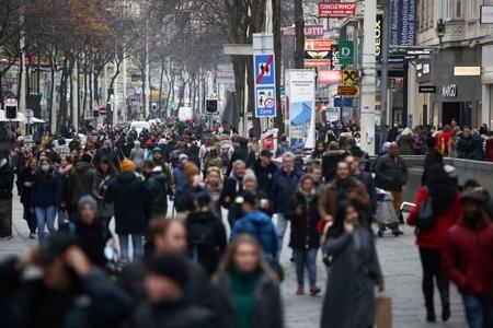 Một khu phố đông đúc tại Vienna ngày 14-11-2020 - Ảnh: Lisi Niesner (Reuters)