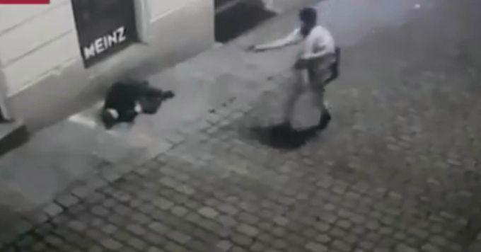 Xả súng không thương tiếc - Ảnh chụp màn hình