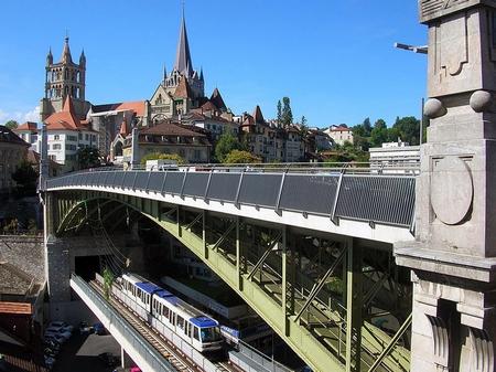 """Cầu tự tử"" Pont Bessières"
