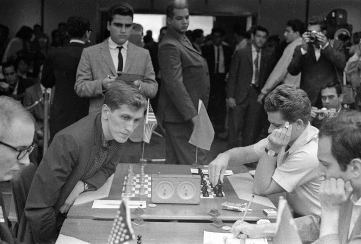 Fischer và Spassky, năm 1972 - Ảnh: Paporov (Sputnik/ AFP)