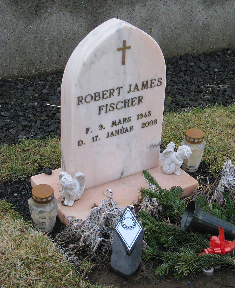 Mộ phần của Bobby Fischer tại Iceland - Ảnh: Ted Cross