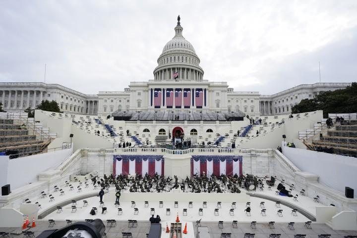 Tổng diễn tập cho lễ tuyên thệ trước Điện Capitol, ngày 19-1-2021 - Ảnh: Patrick Semansky